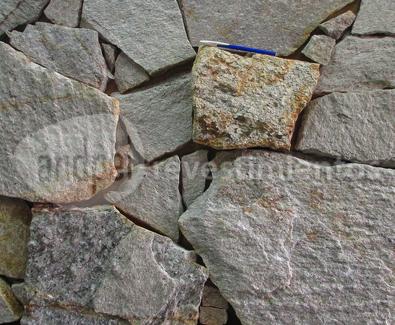 5c4a48ca6 Piedra Blanca Serrana - - Andpel Revestimientos, Rosario, Prov. de ...